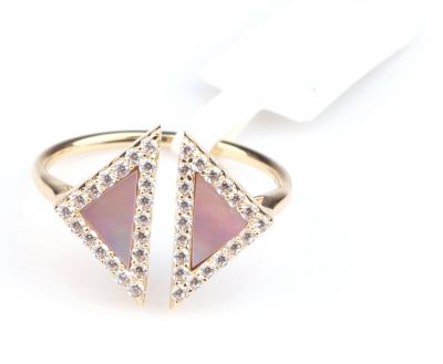 14 Ayar Altın Opal Taşlı Üçgen Yüzük