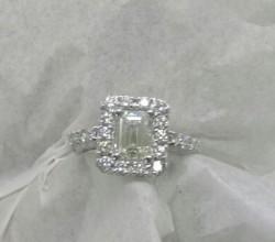 18 Ayar 1,65 ct Emerald Cut Yüzük - Thumbnail