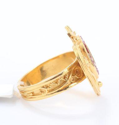 22 Ayar Altın Kalpli Yakut Taşlı Madalyon Yüzük