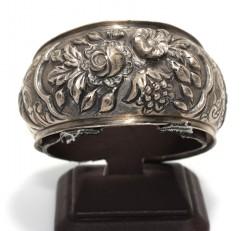 24 Ayar Altın ve Gümüş Çiçek Desenli Kakma Bilezik, Siyah - Thumbnail