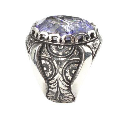 925 Ayar Gümüş Elişi Kalemli Gül Oyma Motifli Necef Safir Taşlı Erkek Yüzük