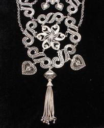 925 Ayar Gümüş S Motifli Püskül Telkari Kolye - Thumbnail